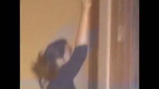 فيلم رزمانسي الفتيات العربيات في Xvideoz.mobi